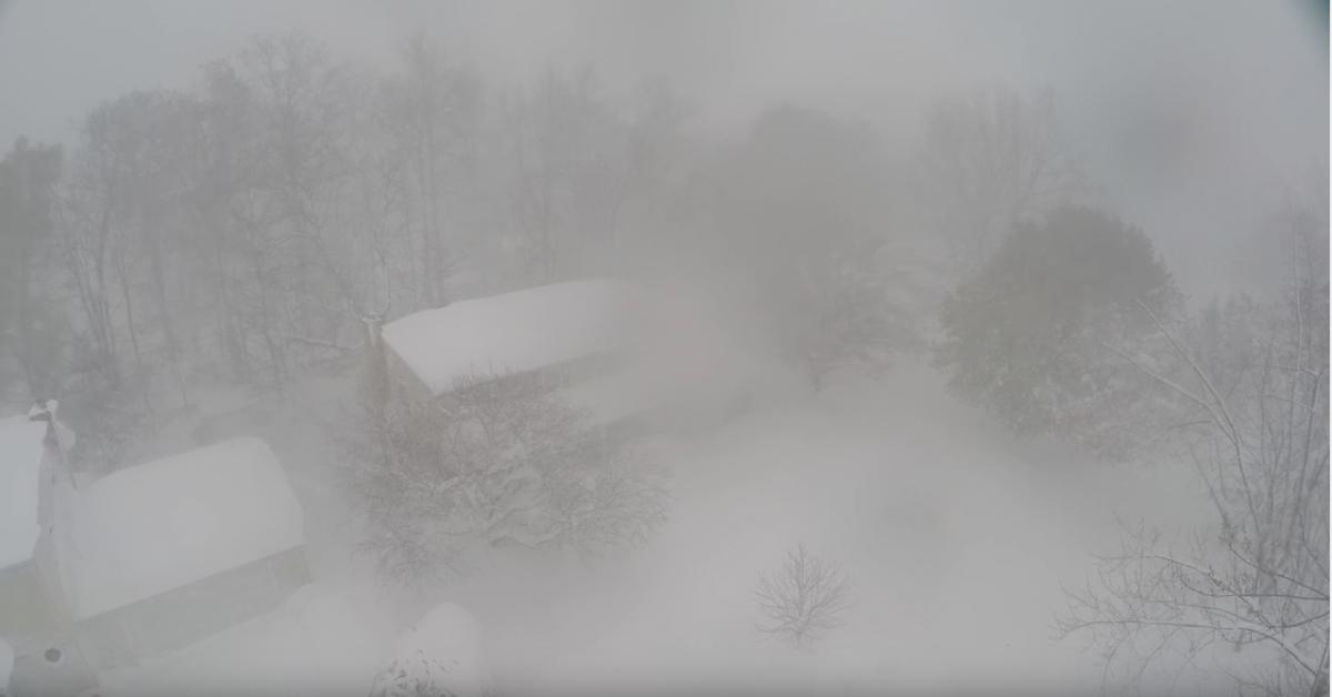 Snow Fall in West Seneca, New York